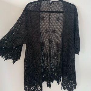 Torrid black lace kimono size 1/2